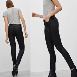 The Castings Mid-Rise Black Skinny Jeans